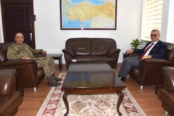 Mustafa Helvacıoğlu'ndan Yeni Tugay Komutanı'na ziyaret