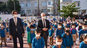 """Mustafa Helvacıoğlu: """"Öğrencilerimize ve öğretmenlerimize kavuştuk"""""""