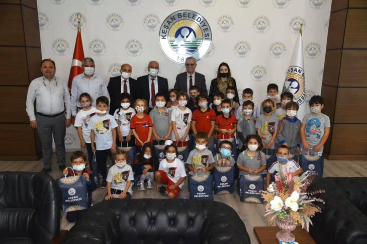 Bahçeşehir Koleji 1.Sınıf öğrencilerinden Mustafa Helvacıoğlu'na ziyaret