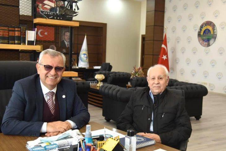 Aktan, Helvacıoğlu'na Önder Gazetesi'nin Kent Müzesi'nde yaşayacak olmasından ötürü teşekkür etti