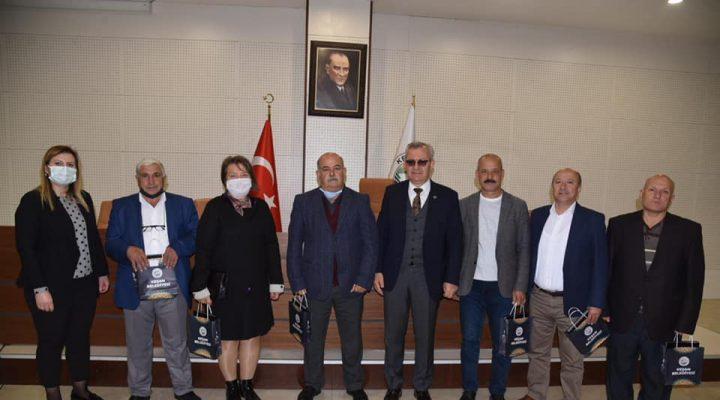 Muhtarlardan Keşan Belediye Başkanı Mustafa Helvacıoğlu'na ziyaret