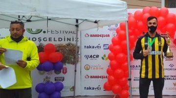 Ahmet Tek, Yalova'da Kulüplerde ve Yaş Kategorisinde  1., genel yaş Kategorisinde 3.Oldu