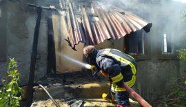 İtfaiye Ekim Ayı'nda 20 yangına müdahale etti