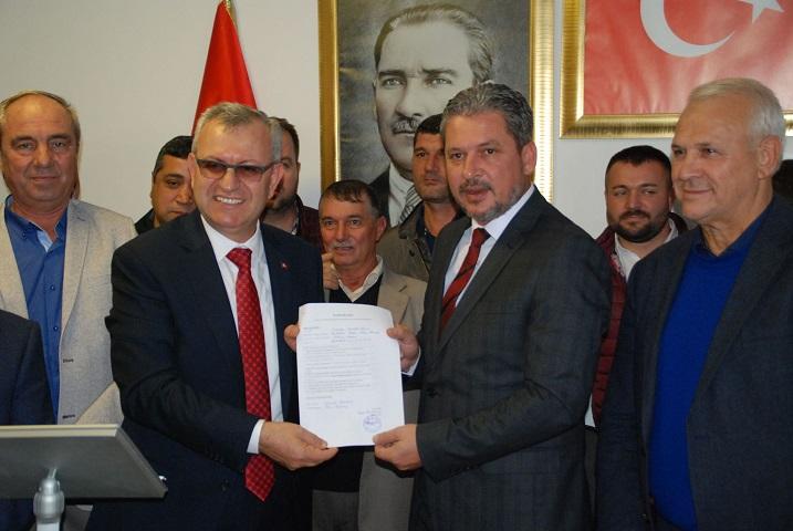 Helvacıoğlu, AKP'den Belediye Başkan Aday Adaylığını Açıkladı…