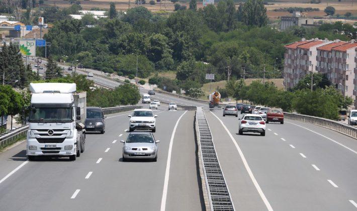Bayram dönüşünde trafik yoğunluğu