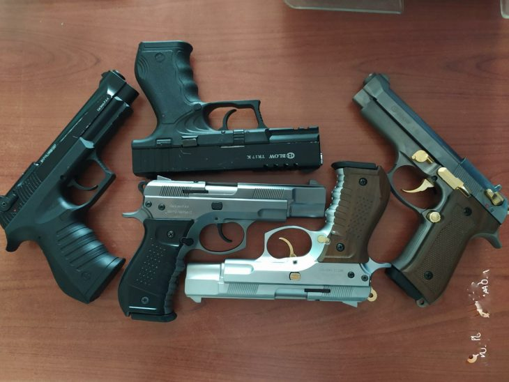 Keşan'da iş yerinden çalınan 5 kuru sıkı tabanca bulundu