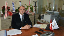 İmar ve Şehircilik Müdürü Ali Ünal, müteahhitlik yapma şartlarıyla  ilgili yayımlanan yeni yönetmelik hakkında bilgilendirdi