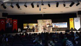 Eğitim-Sen'in Şiir ve Türkü Gecesi'ne Büyük İlgi…