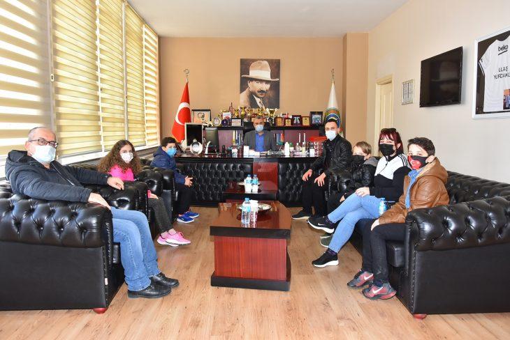 Malkara'da İstiklal Marşı Güzel Okuma Yarışmasını kazananlara ödülleri verildi