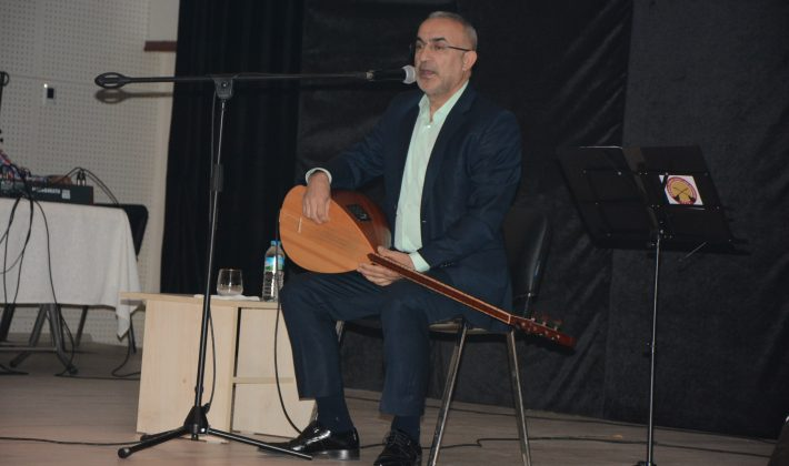 Muharrem Temiz belediye etkinliğinde konser verdi