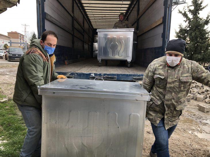 İmamoğlu'ndan Süloğlu Belediyesi'ne 1  tır çöp konteynırı