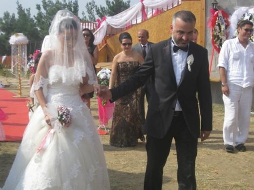 Bora Ecevit Göksel evlendi…