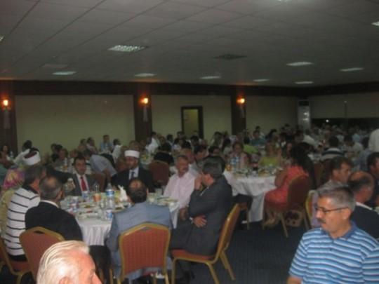 Batı Trakya Keşan'daki iftar yemeğinde buluştu…