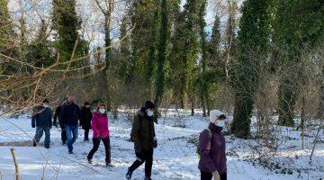 Edirne'de doğaseverler sezonun ilk yürüyüşünü karda yaptı