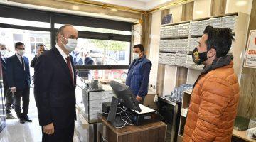 Edirne Valisi Canalp vaka sayısı yüksek ilçelerde yetkililerle toplantı yaptı, denetimlere katıldı