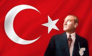 ataturk-ve-turk-bayragi1