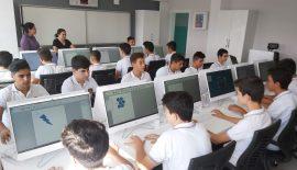 Türkiye İkincisi Okula Bilişim Atölyesi