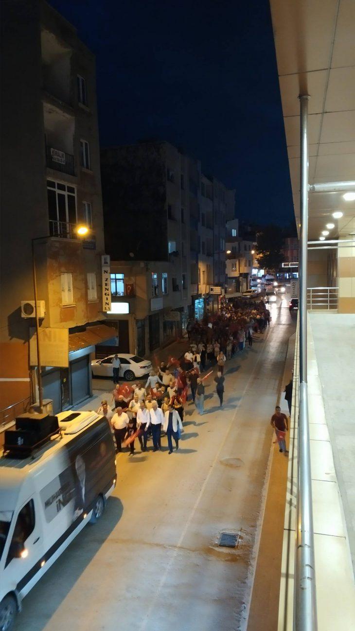 CHP'nin yürüyüşleri Mustafa Kemal Paşa ve Yenimescit ile devam etti