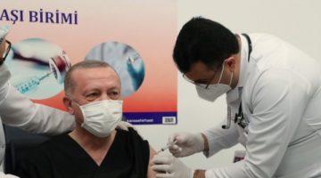 Cumhurbaşkanı Erdoğan, ilk doz aşısını oldu