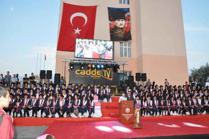 Anadolu Lisesi'nin Mezuniyet Töreni yapıldı