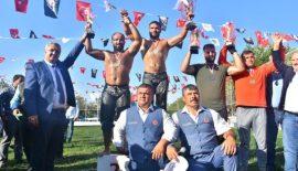 Malkara Fehmi Özkan Yağlı Güreşleri'nde başpehlivan Serhat Gökmen oldu