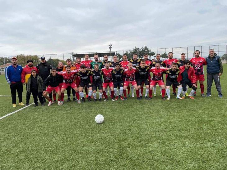 Hazırlık maçında İpsalaspor, Yenikarpuzluspor'u 5-2 yendi