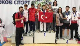 Malkaralı Taekwondoculardan Büyük Başarı