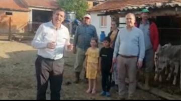 Okan Gaytancıoğlu'ndan bir süt üreticisi aileye ziyaret