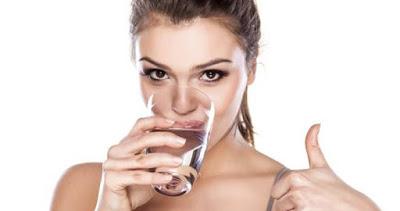 Aç karnına su içtiğinizde başınıza neler gelecek biliyor musunuz?