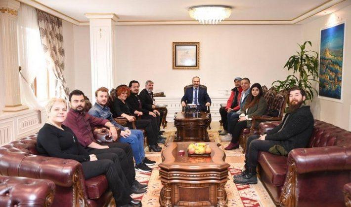 Vali Canalp'ten Edirne'ye Tiyatro Müjdesi
